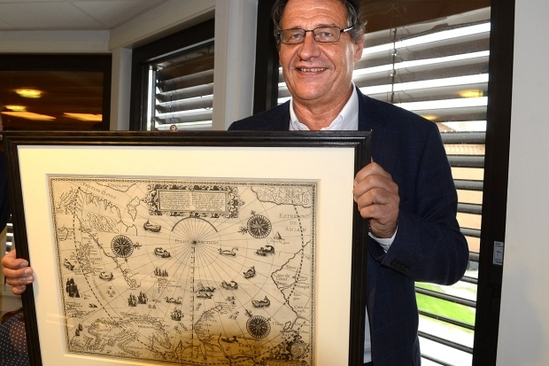 Cato Schiøtz with his valuable Barentsz map.