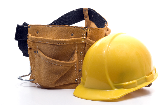 Bilde av verktøybelte og hjelm
