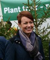 Stortingsrepresentant Line Henriette Hjemdal (KrF) på skogmarkering foran Stortinget 31. oktober i år.
