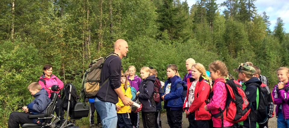 Tur til Salamanderdam lærer og elever ved Sveberg skole