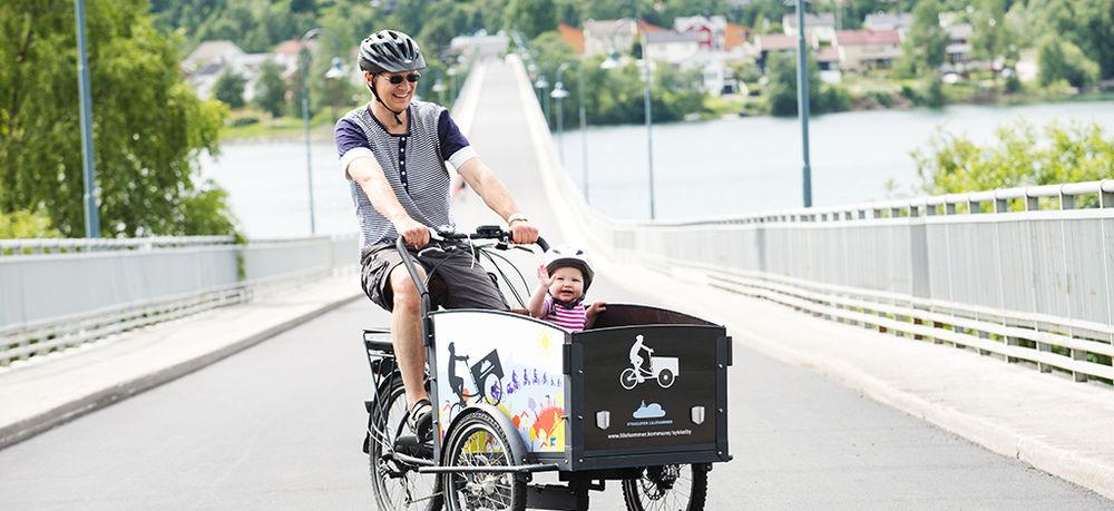 Lastsykkel på Vingnesbrua i sykkelbyne Lillehammer