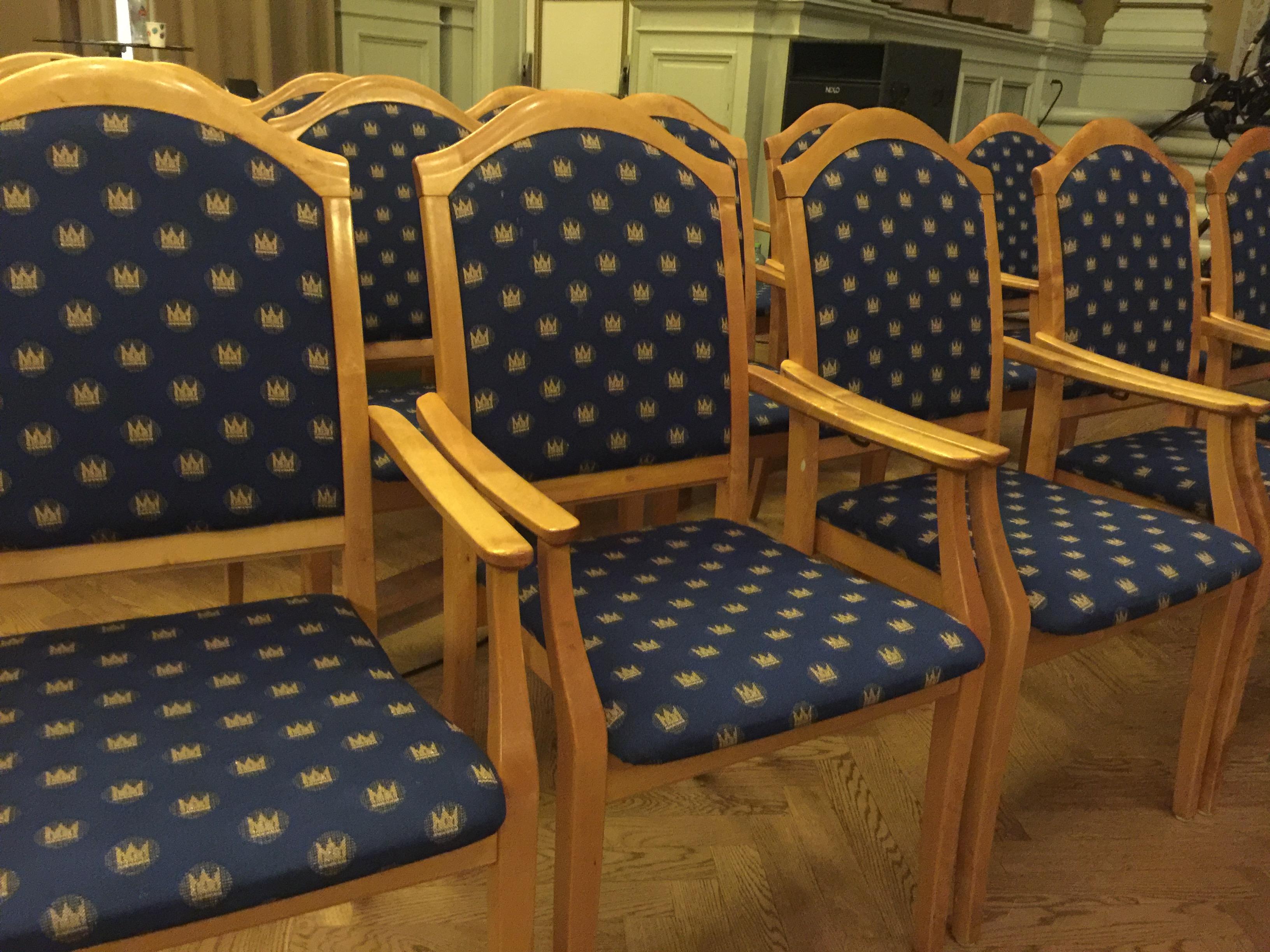 FS stol.JPG