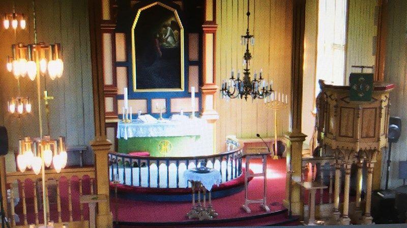 Bildet viser hvilket område av Sandnessjøen kirke som blir filmet.