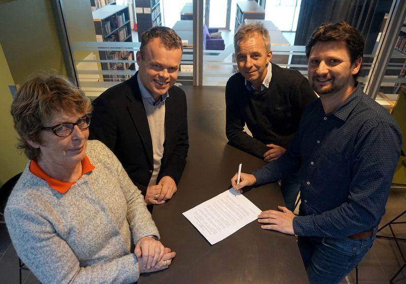 Signering av avtale næringsutvikling