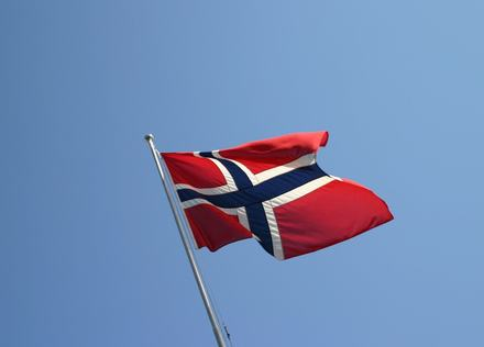 the-norwegian-flag-1445265