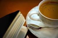 kaffe og bok