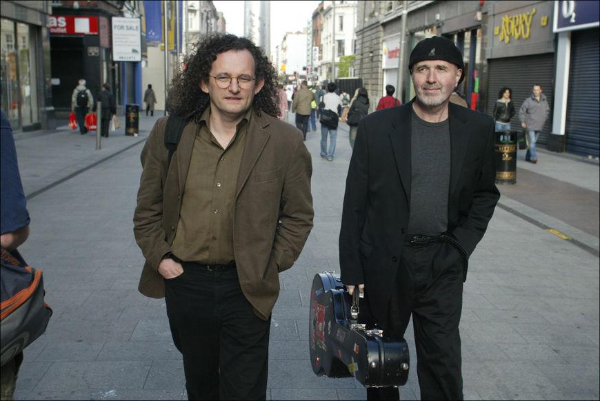 Musicians  (L to R) MARTIN HAYES & DENNIS CAHILL. ©Photo by Derek Speirs