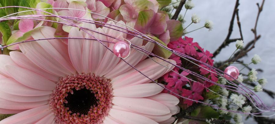 Vi hjelper med å formidle blomster over hele verden!