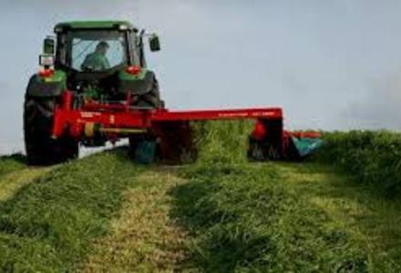 Grashøsting skiveslåmaskin