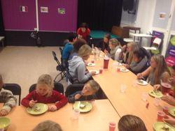 Gjengen på ungdomshuset under internasjonal uke 2013