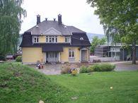 Huset ovenfra
