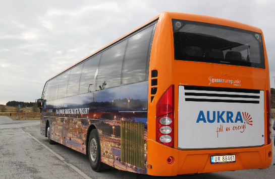 Bilde av buss frå Aukra Auto