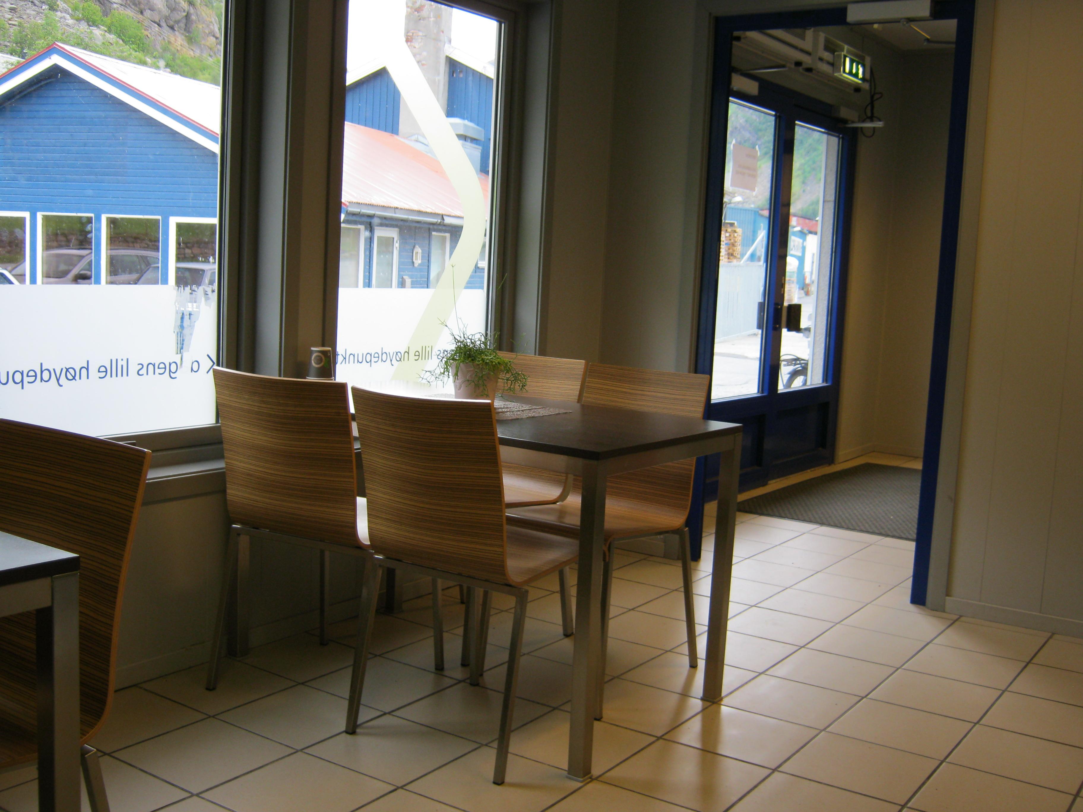 Venterom i Øksfjord1 (1).jpg