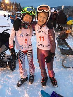 Vassfjellet 2016 Blide jenter før start A og E