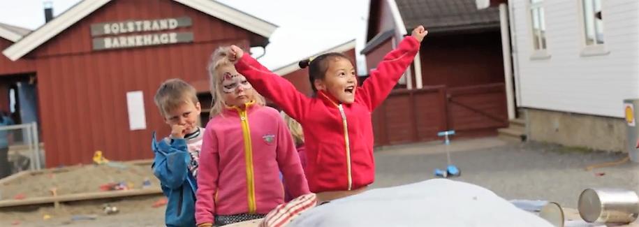 Bilde av jente under årets Solstrandfestila
