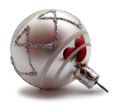 christmas-ball-2-1416072-639x605