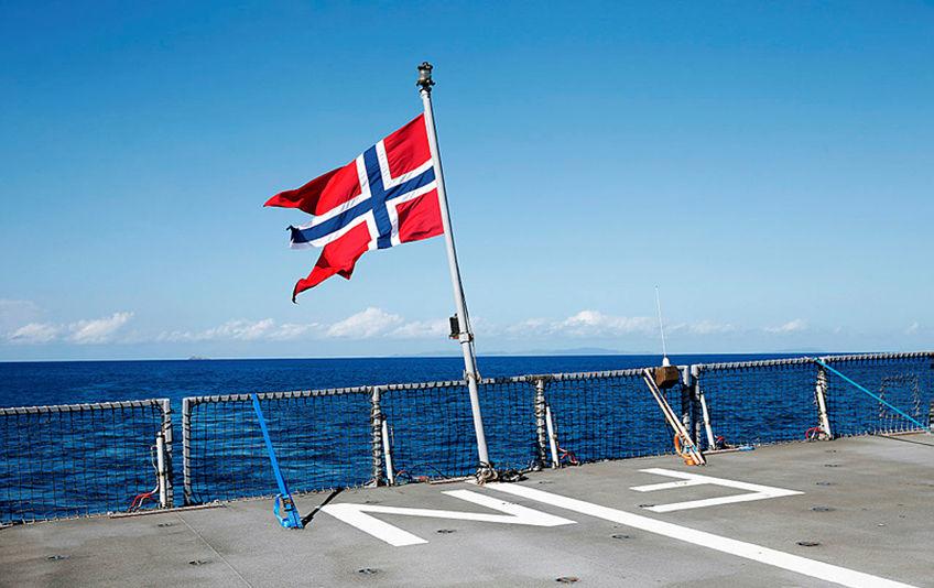 Bilde av norsk flagg på skip