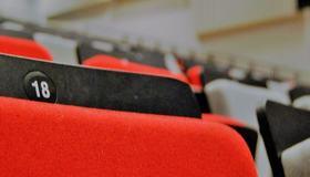 Bilde av stol i Bruket kulturhus