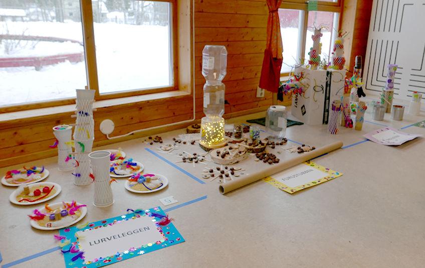 Kunst av gjenbruk på årets barnehagedag i Hellerasten barnhage