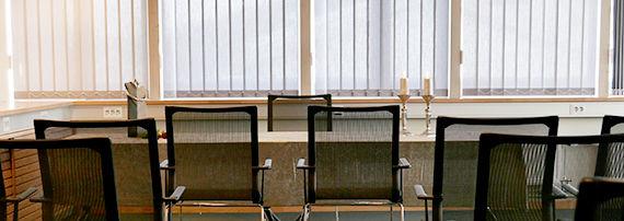 I Oppegård rådhus er det borgelig vielse i Formannskapssalen