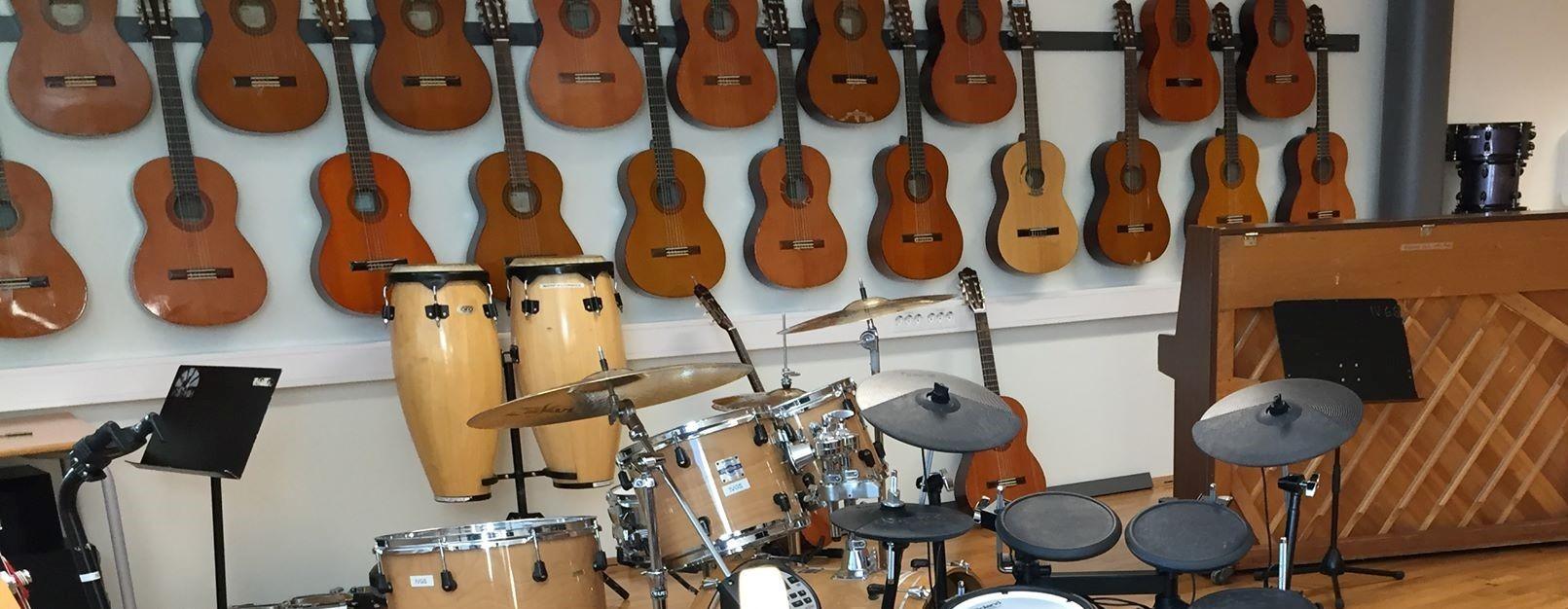 Veslefrikk instrumenter.jpg
