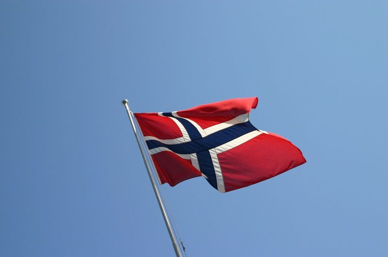 the-norwegian-flag-1445265