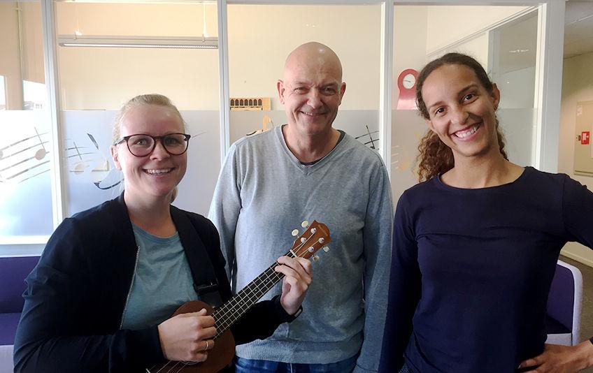Hanna Ådnøy Remmen, Rune Molvær og Caroline Marie Sprott forteller at at det sosiale og musikalske står i sentrum for begge gruppene. (Foto: Jan Walbeck)