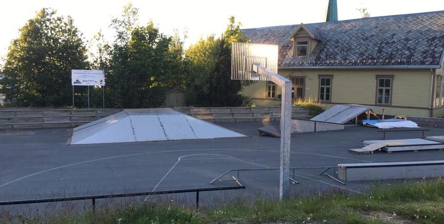 Bilde av Hommelvik skatepark