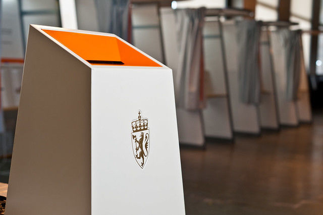 valgutstyr, valg, stemmesedler, stemme, norsk form, oslo rådhus
