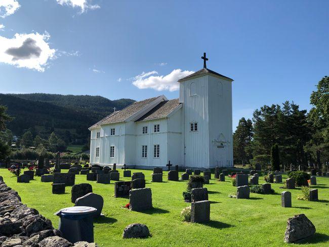Moland kyrkje