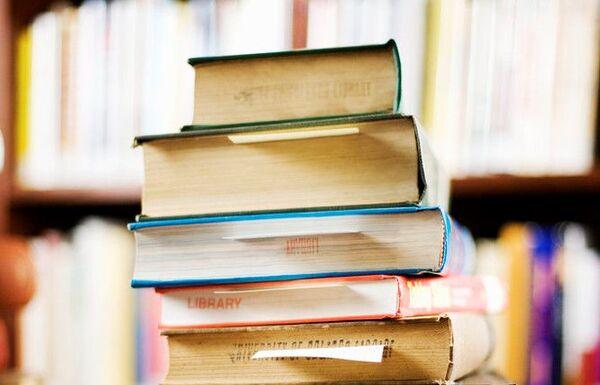 bøker (2)