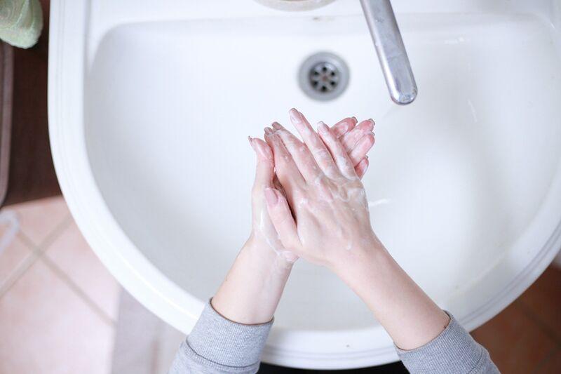 hand-washing-4818792_1920