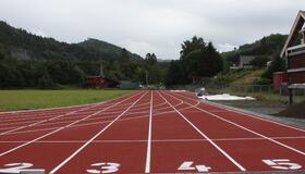 Bilde av friidrettsbanen i Hommelvik
